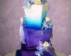 Purple-Wedding-cake-on-marble.jpg